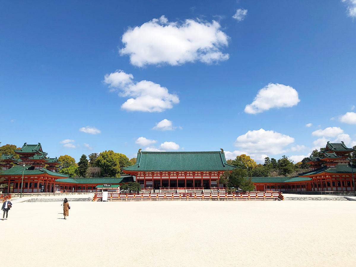 平安神宮の晴天の風景